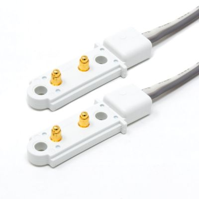 LED light bar link cable close up